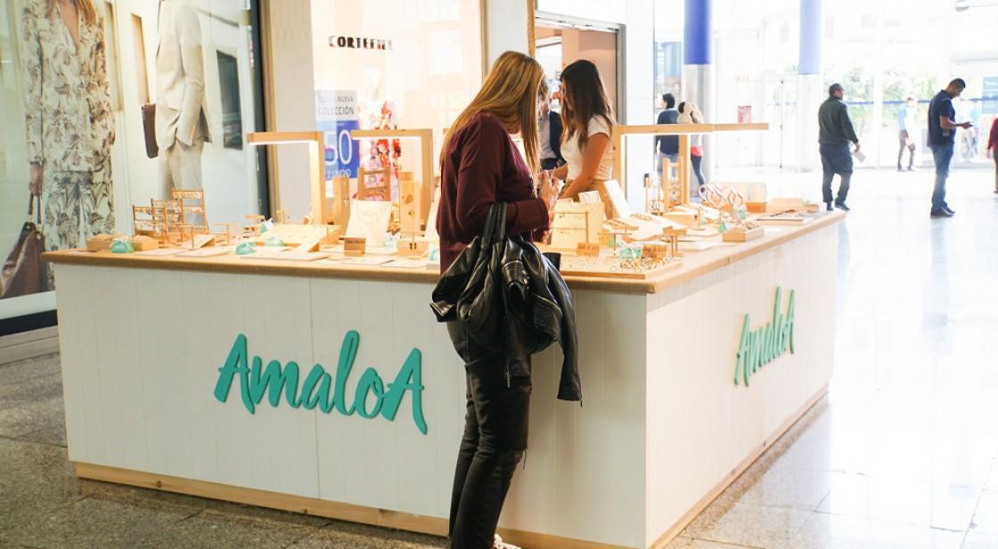 AMALOA (stand)